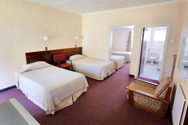 Hunter's Retreat Hotel Rooms and Accommodation
